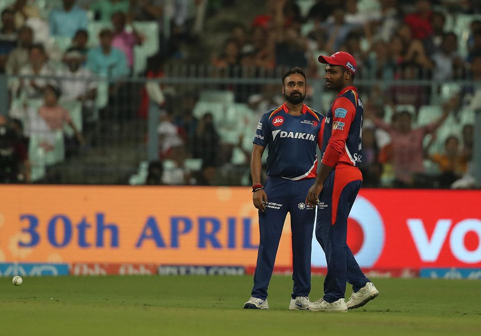 विडियो : 5.3वें ओवर में ही दिल्ली की टीम ने छोड़ दिया मैच