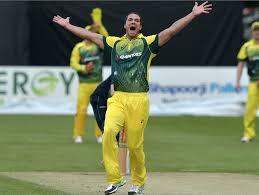 बीसीसीआई ने दिखाया था रैना को कॉन्ट्रैक्ट से बाहर तो अब ऑस्ट्रेलिया ने अपने इन फॉर्म खिलाड़ी को किया बाहर 4