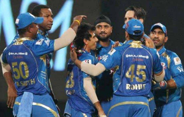 युवराज सिंह की हैदराबाद नहीं बल्कि इस साल ये टीम है आईपीएल में सिक्सर किंग 4