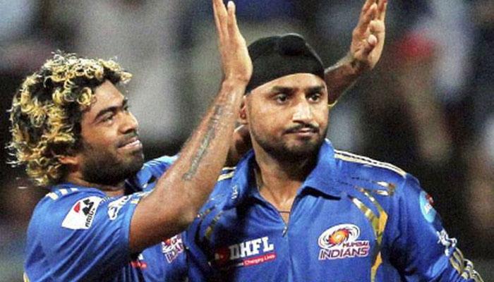मुंबई की शानदार जीत के बीच हरभजन सिंह ने गौतम गंभीर के शर्मनाक रिकॉर्ड को तोड़कर किया अपने नाम 1