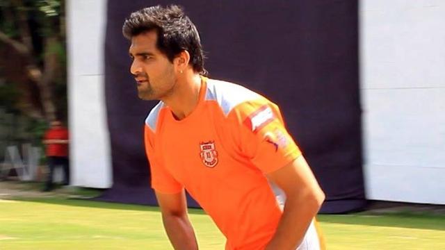 भारतीय टीम के सभी बल्लेबाज़ों को छकाने वाले अनिकेत चौधरी ने बताया केवल इस भारतीय बल्लेबाज़ का विकेट नहीं हासिल कर सका 10