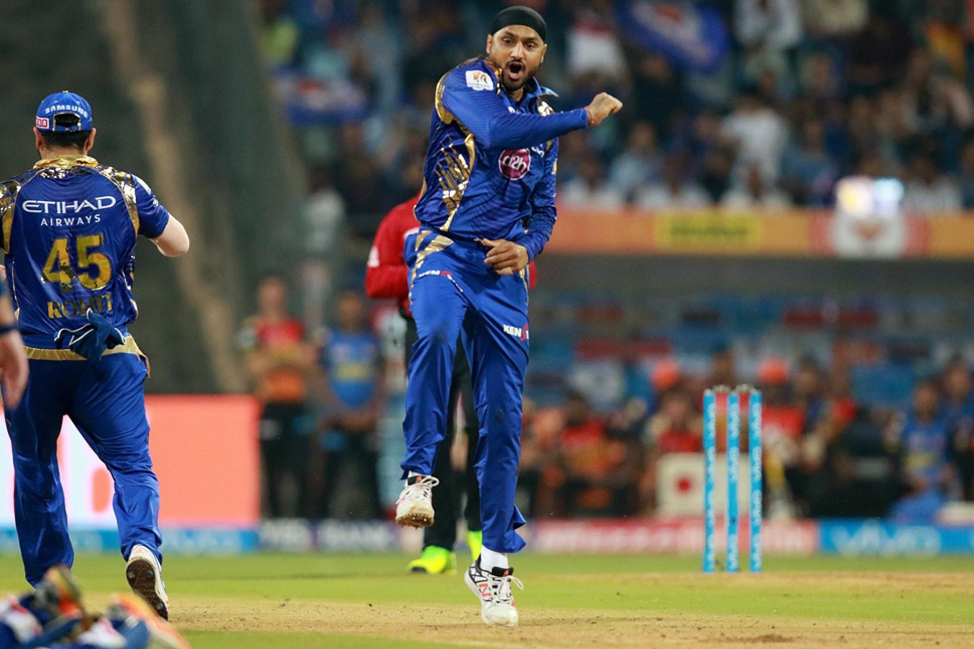IPL 10: MI vs SRH: हरभजन सिंह ने बनाया एक ऐसा रिकॉर्ड, जिसके आस पास भी नहीं है रविचंद्रन अश्विन 5