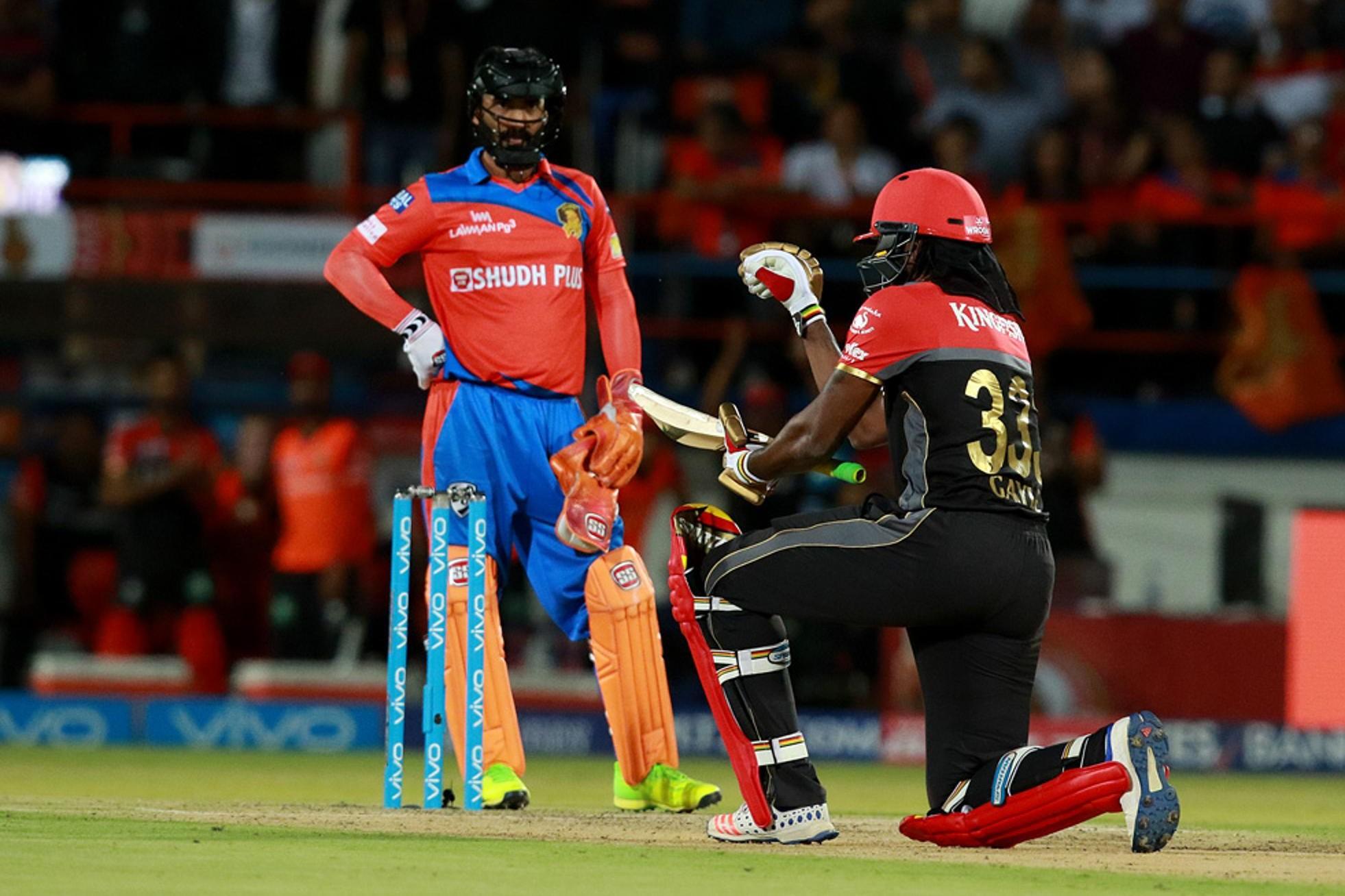 केकेआर ने दिखाया था क्रिस गेल को टीम से बाहर का रास्ता, आज तूफानी पारी खेलने के बाद दी कोलकाता को सरेआम धमकी