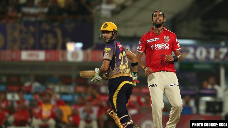 वीडियो: अपने ही साथी खिलाड़ी का मजाक उड़ा बैठा पंजाब का यह दिग्गज खिलाड़ी 1