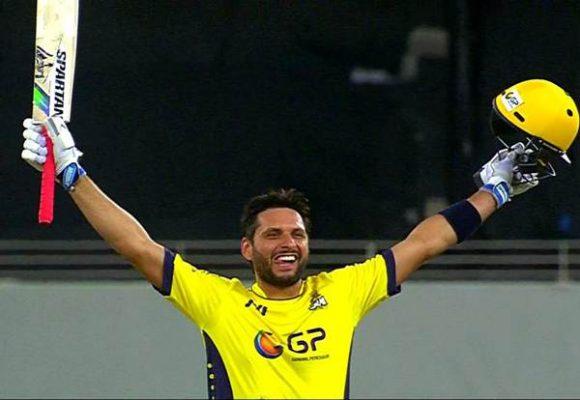 इस दिग्गज खिलाड़ी को उनके योगदान के लिए सम्मानित करेगा देश का क्रिकेट बोर्ड 13