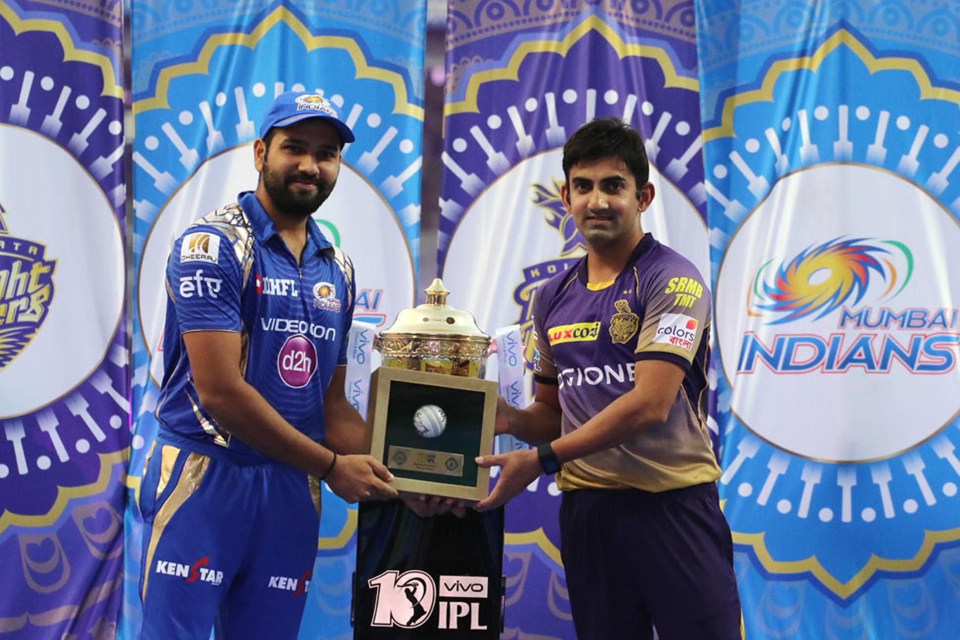 Photos: IPL10: वानखेड़े स्टेडियम में सुशांत सिंह राजपूत और मलाइका अरोड़ा ने बांधा समा 1