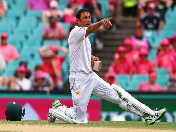 पाकिस्तानी खिलाड़ियों को एक- एक आलीशान घर देने की घोषणा करने वाले रियाज मलिक पर यूनिस खान ने इस कारण उतारा अपना गुस्सा 1