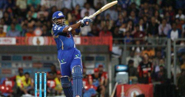आरसीबी के खिलाफ खेली गयी पारी को इस खिलाड़ी ने बताया पोलार्ड की सर्वश्रेष्ठ पारी 12