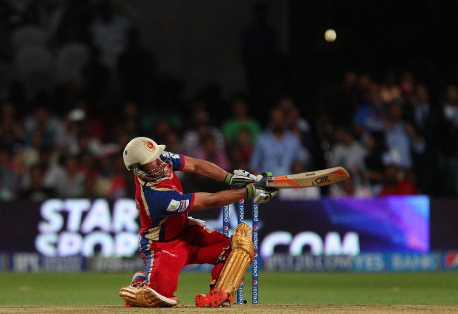 इस खिलाड़ी ने खेले है सिर्फ तीन मैच और इस साल आईपीएल में छक्के लगाने के मामले में टॉप पर है काबिज 7