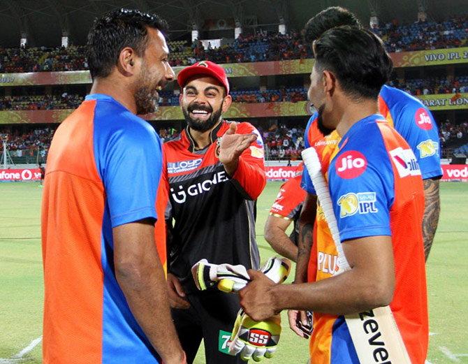 IPL: जडेजा के नए लुक का कोहली ने उड़ाया मजाक, फ़ोटो हुई वायरल..... 1