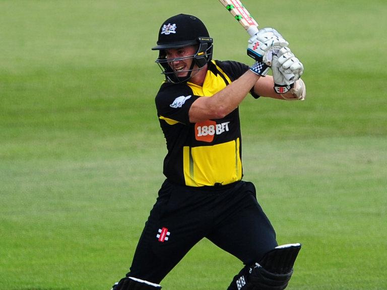इस ऑस्ट्रेलियाई खिलाड़ी ने टी20 क्रिकेट में सभी दिग्गजों को पीछे छोड़ टी-20 में बनाया गेल के बाद सबसे ज्यादा शतक 2