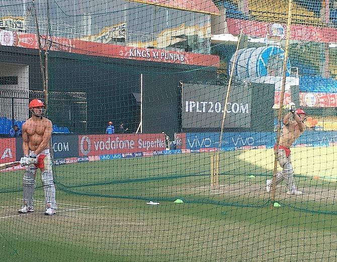 पंजाब के दो दिग्गज खिलाड़ियों ने भारतीय गर्मी से पार पाने के लिए ढूंडा ये अनोखा तरीका 1