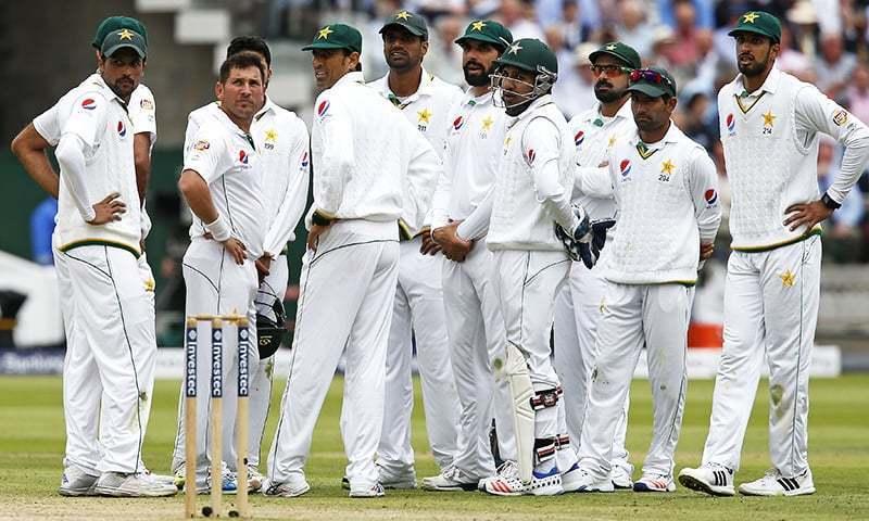 पकिस्तान के गेंदबाज़ों ने पहले टेस्ट के पहले ही दिन बरसाया कहर, मुश्किल में मेज़बान वेस्टइंडीज 16