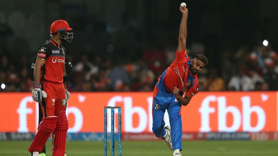 विराट और गेल जैसे बड़े बल्लेबाजों के लिए आया भारत के नए स्विंग के सुल्तान का बड़ा ही चौकाने वाला बयान 8