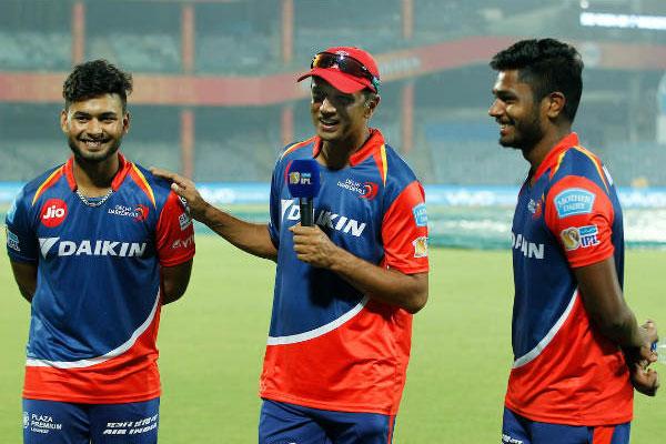 ऋषभ पंत और सैमसन ने खेली दिल्ली डेयरडेविल्स के लिए मैच जिताऊ पारी, लेकिन खुश नहीं है द्रविड़! 1