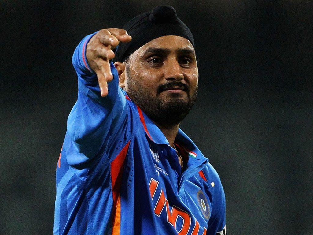 वेस्ट इंडीज के खिलाफ भारतीय टीम के जीत के बाद हरभजन सिंह ने फिर साधा रविचन्द्रन अश्विन पर निशाना 1