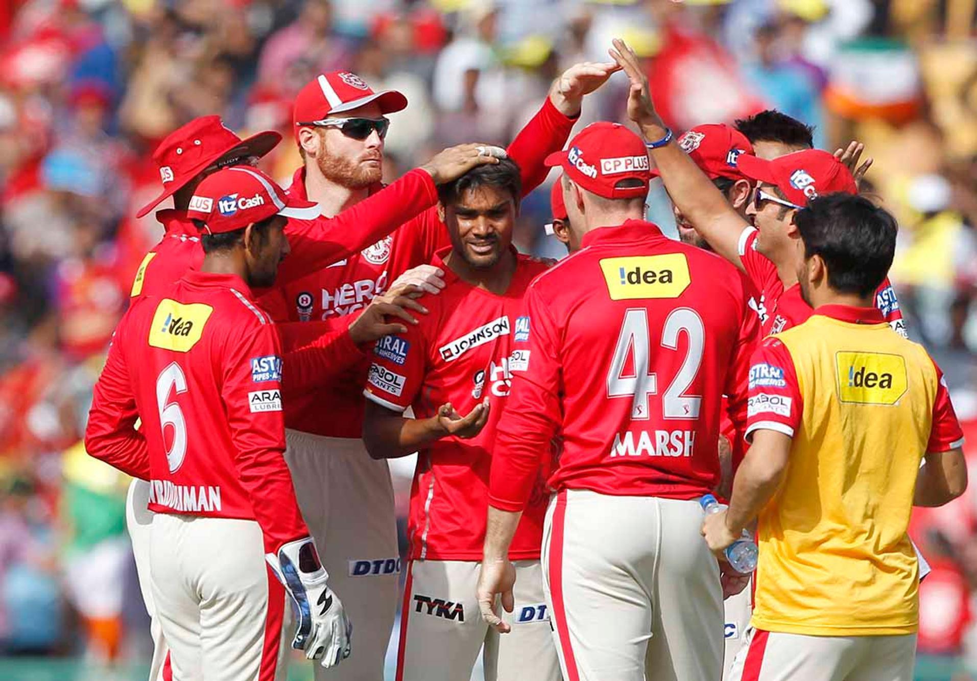 दिल्ली के खिलाफ शानदार प्रदर्शन के बाद पंजाब के इस गेंदबाज़ ने विराट कोहली को दे डाली खुली चुनौती 1