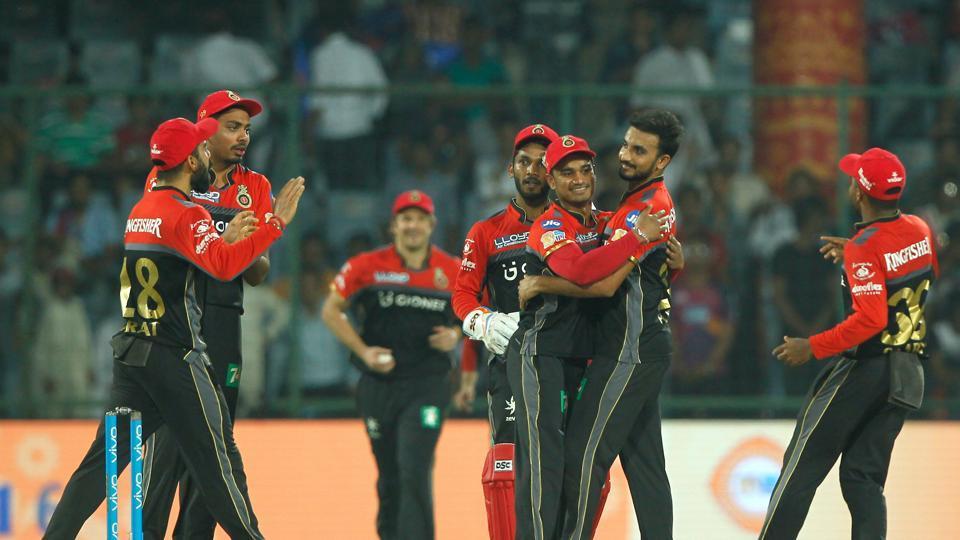 आईपीएल 10: अंतिम मुकाबलें में दिल्ली डेयरडेविल्स को 10 रनों से हराकर, आरसीबी ने ली शानदार विदाई