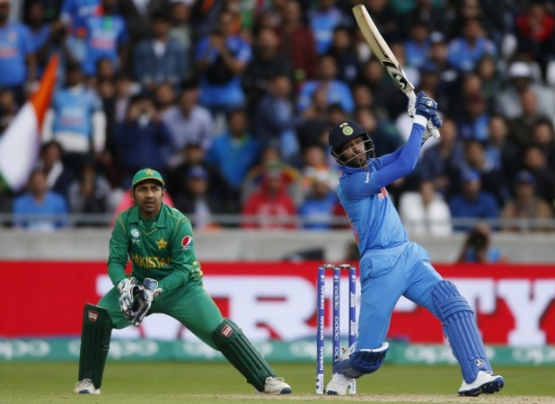 पाकिस्तान के खिलाफ बल्लेबाजी का मौका नहीं मिलने के बाद भी धोनी को मिला एक नया प्रशंसक 2