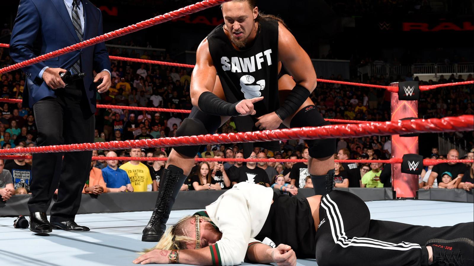 WWE RAW रिजल्ट्स : 20 जून 2017 : आज के रॉ में साफ़ हुआ किसने लगातार किया था एंजो और बिग कैस पर हमला 1