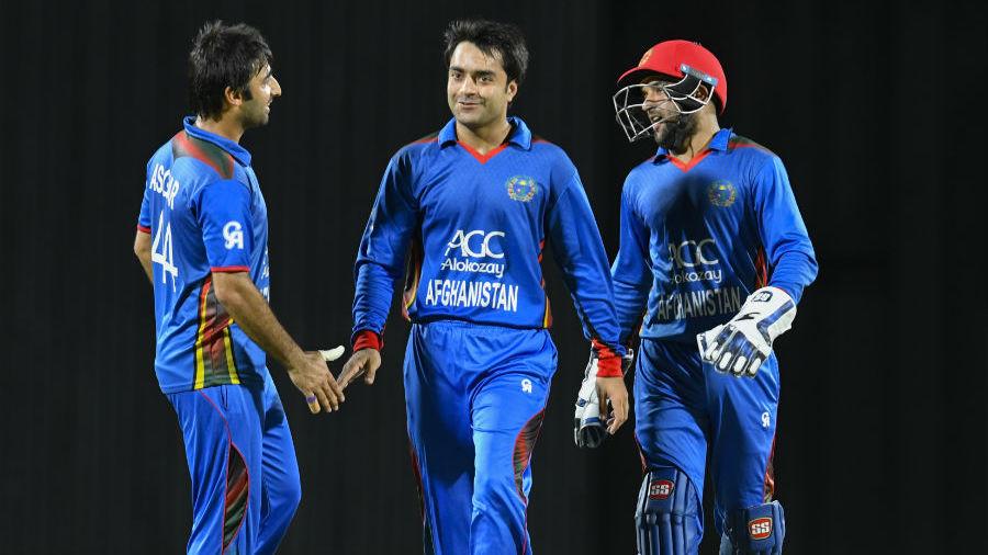 राशिद खान के सामने एक बार फिर घुटने टेकते नजर आये वेस्टइंडीज के बल्लेबाज 3