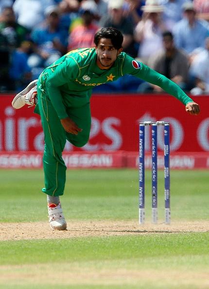 मिड इनिंग में शोयब मलिक ने किया खुलासा बताया आखिर क्यों इंग्लैंड को 211 पर रोकने में सफल रहा पाकिस्तान 2