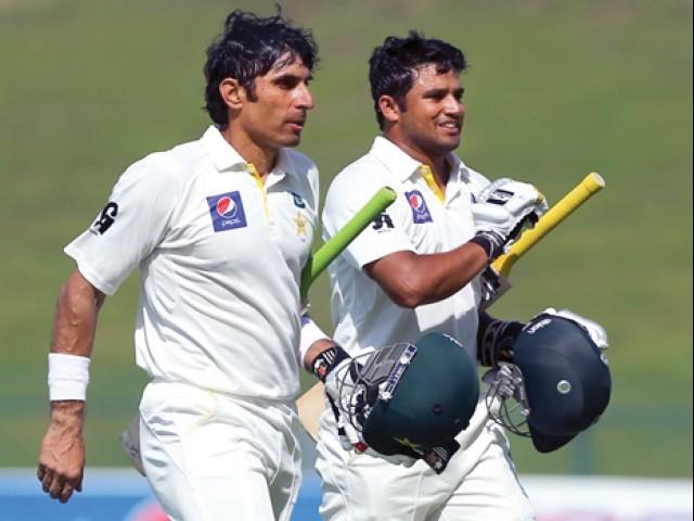 भारत के खिलाफ फाइनल मैच से पहले अजहर अली की तुलना इस दिग्गज खिलाड़ी से करते हुए नज़र आये मिस्बाह उल हक 5