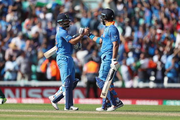 पाकिस्तान के खिलाफ मैदान पर उतरते ही सचिन, सहवाग और गांगुली को छोड़ ऐसा करने वाले पहले भारतीय खिलाड़ी बने 3