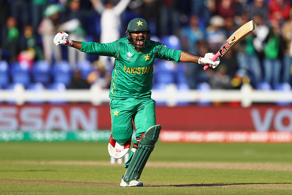 मैन ऑफ द मैच चुने गए सरफराज ने किसी बल्लेबाज और गेंदबाज को नहीं बल्कि इस खिलाड़ी को दिया टीम की जीत का पूरा श्रेय 7
