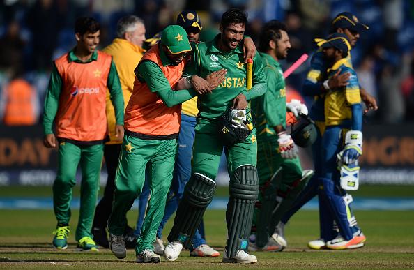 ब्रेकिंग : सेमी फाइनल से पहले पाकिस्तान की उम्मीदों को लगा बड़ा झटका, दिग्गज खिलाड़ी हुआ बाहर 1
