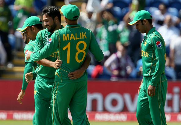 पाकिस्तान की जीत पर आकाश चोपड़ा और आरोन फिंच ने दी बधाई, लेकिन आज भी पाकिस्तान का मजाक बना गये सर जडेजा 1