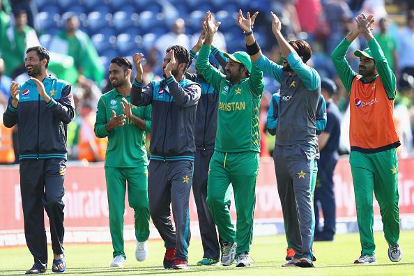 पाकिस्तान ने शानदार प्रदर्शन कर बनायी फाइनल में जगह, कप्तान सरफराज ने इस खिलाड़ी को दिया जीत का श्रेय 6
