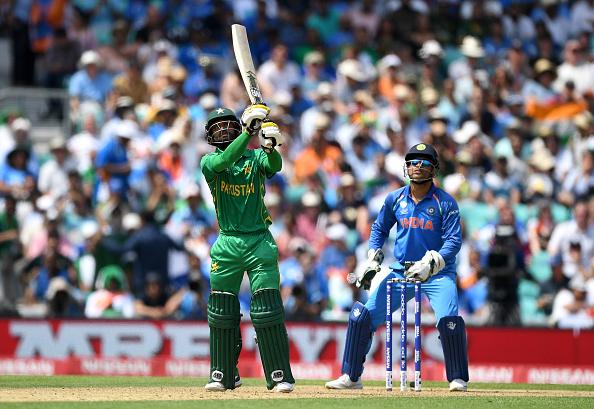 ट्विटर रिएक्शन : पाकिस्तान ने दिखाया शानदार खेल सोशल मीडिया पर भारतीय टीम का उड़ रहा हैं मजाक