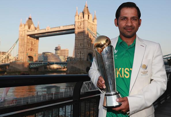 चैंपियंस ट्राफी में भारतीय खिलाड़ियों ने दिखाया खेल भावना, लेकिन पाकिस्तान पहुँच भारत का मजाक बनाया सरफराज 3
