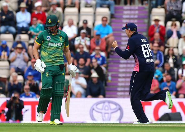 भारत-साउथ अफ्रीका के बीच होने वाले मैच से पहले आई बुरी खबर, चोटिल हुए कप्तान हो सकते है बाहर 1