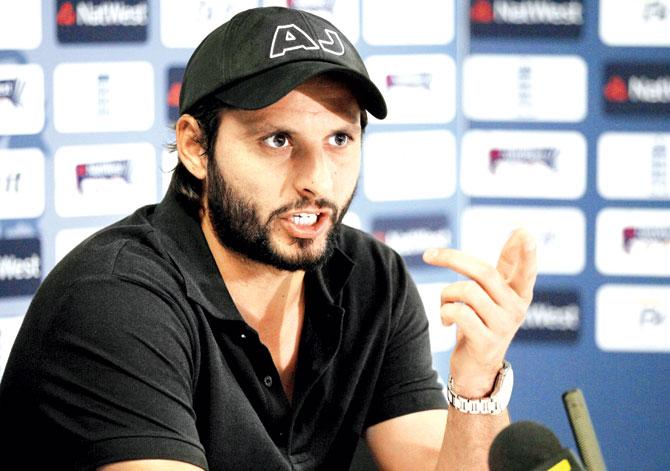 शाहिद अफरीदी ने इन्हें दिया पाकिस्तान में दोबारा क्रिकेट शुरू कराने का श्रेय 8