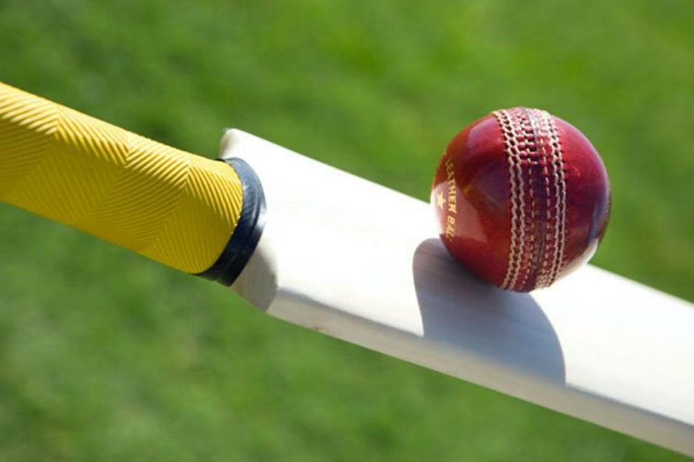 सिर्फ 4 गेंदों में 92 रन बना तोड़ डाला क्रिकेट के दिग्गजों का रिकॉर्ड 12