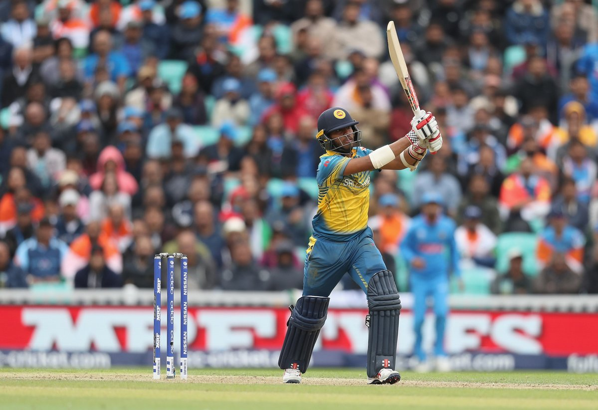 विराट कोहली की एक गलती ने टीम इंडिया को कर दिया श्रीलंका के सामने शर्मिंदा 1