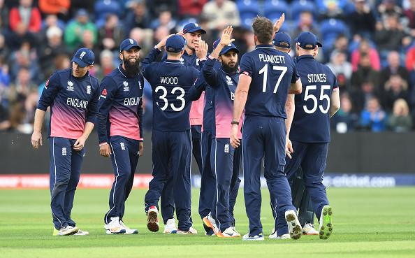 इंग्लैंड के कोच और सीनियर खिलाड़ियों को नहीं बल्कि न्यूज़ीलैंड के इस दिग्गज को इंग्लैंड की सफलता का श्रेय देते है ओएन मोर्गन 3