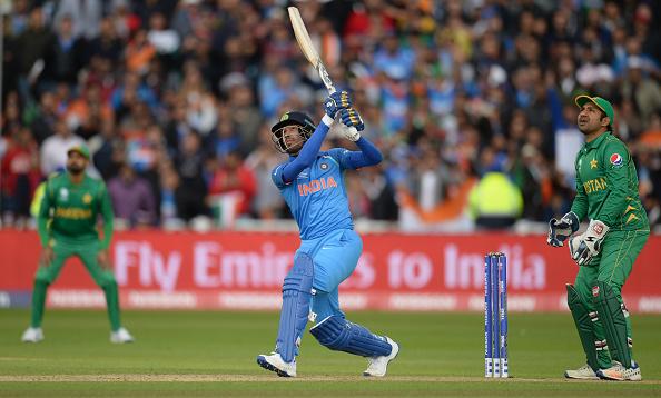 धोनी और युवराज के फेल होने पर इस स्टार भारतीय खिलाड़ी ने कहा मुझे दो मौका मै निभाऊंगा भारत के लिए फिनिशर की भूमिका 3