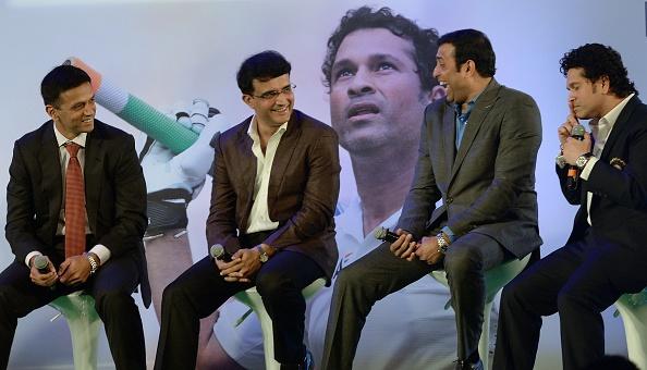 लक्ष्मण ने बताया रोकने के बाद भी जब सौरव गांगुली ने उतार दी टी-शर्ट, तो भारतीय टीम पर पड़ा था ये प्रभाव 9