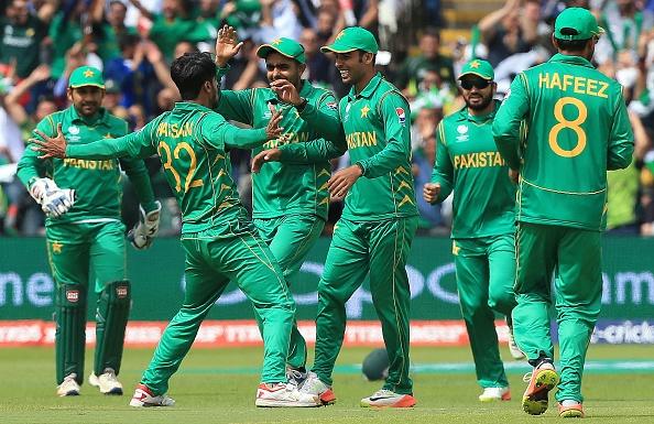इमाद वसीम ने आखिर कार उठा दिया उस राज से पर्दा जिसकी वजह से पाकिस्तान को करना पड़ा न चाहते हुए भी हार का सामना 4
