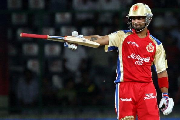 धोनी-सचिन सबको पीछे छोड़ सबसे ज्यादा कमाई करने वाले क्रिकेटर बने कोहली, सिर्फ 1 साल में कमाए इतने करोड़ रूपये 4