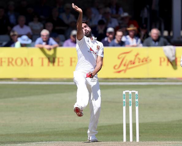 एसेक्स में मोहम्मद आमिर ने डाली इस साल की सर्वश्रेष्ठ गेंद, गेंद का टर्न देख आप भी रह जायेंगे हैरान 4