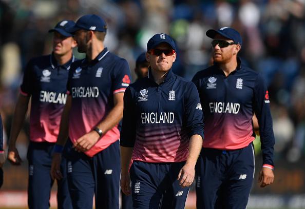 इंग्लैंड के पूर्व दिग्गज कप्तान नासिर हुसैन ने बताया कहा हुई इंग्लैंड की टीम से बड़ी गलती और होना पड़ा चैंपियंस ट्रॉफी से बाहर 26