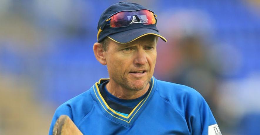 शर्मनाक तरीके से बाहर होने के बाद श्रीलंका की टीम के कोच ने जताई उम्मीद, आने वाले समय में अच्छा करेगी टीम 10