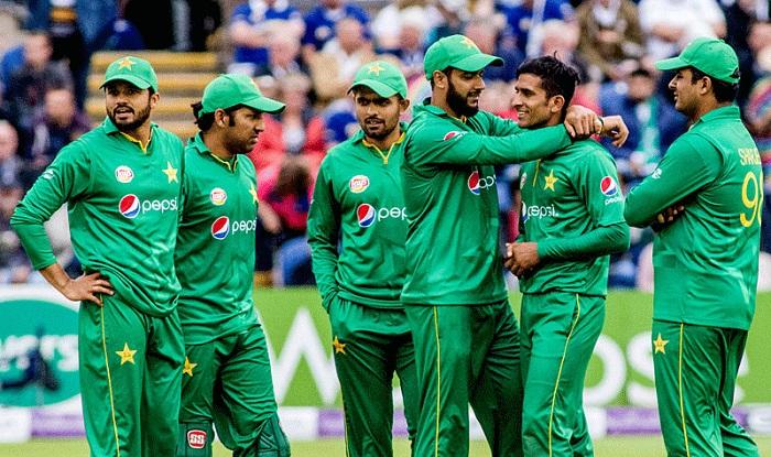 भारत को 200 रनों से पीछे कर नम्बर 1 बनने के चक्कर में पाकिस्तान क्रिकेट बोर्ड का कल बना मजाक 2