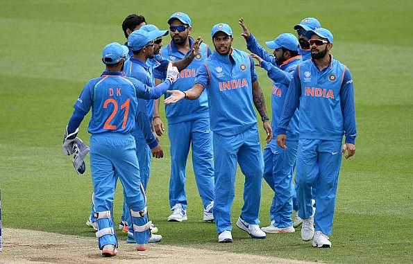यह है वो पांच कारण जिनके चलते टीम इंडिया पर होगा महा मुकाबले में ज्यादा दबाव 15