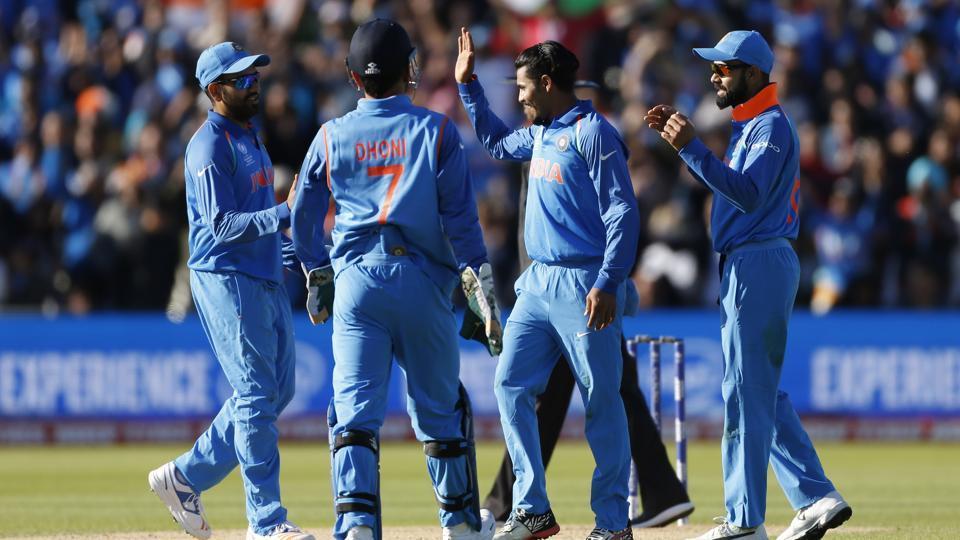 चैम्पियंस ट्रॉफी खत्म होने पहले ही भारतीय टीम में हो सकता है बड़ा बदलाव, टीम से जुड़ेगा यह दिग्गज 3