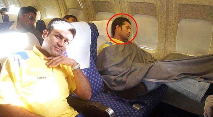 सोते हुए आपके चहेते भारतीय क्रिकेटर दिखते है ऐसे, शायद ही कभी देखीं होंगी यह तस्वीरें 11
